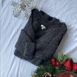 Tommy Hilfiger Alpaca Wool V-Neck Sweater